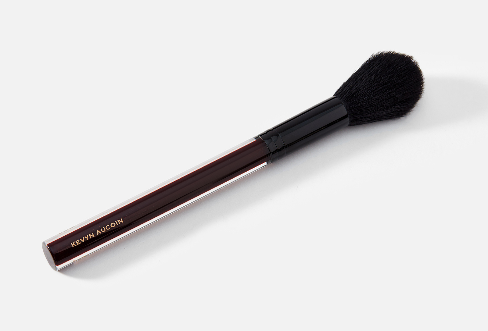 Кисть для румян Kevyn Aucoin The Blush Brush